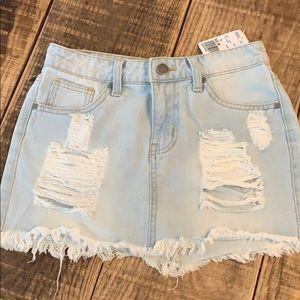 Forever 21 frayed jean mini skirt, S